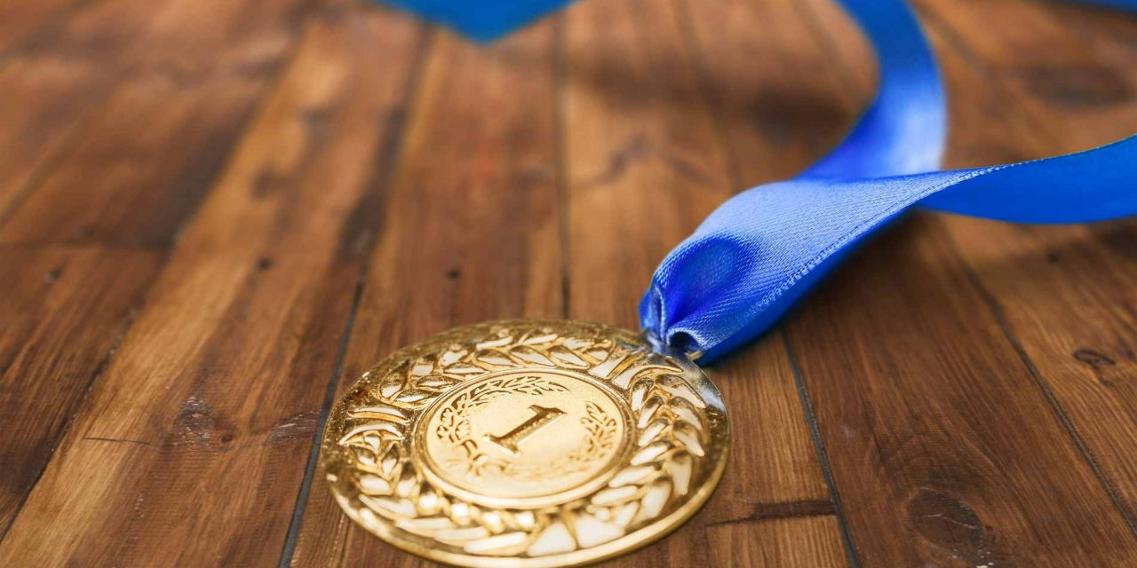 https://media.twistedbulbs.com/assets/sites/2/2018/10/16182716/champions_medal-1280x640.jpg